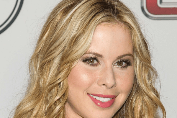 Tara Lipinski Age, Bio, Fiancé, Skating Career, Achievements and Net Worth