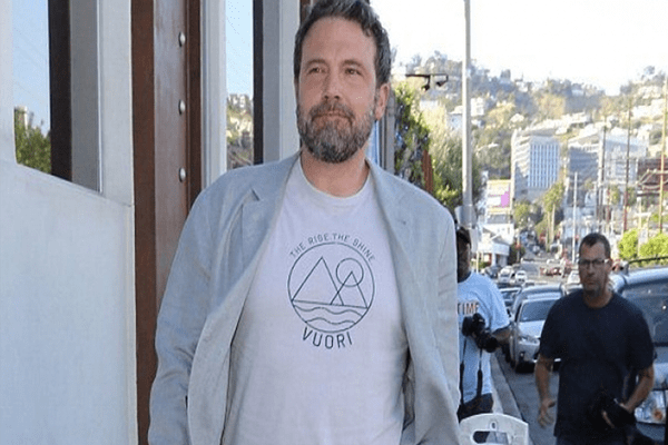 Ben Affleck celebrates his 45th birthday in great spirits with his adorable kids