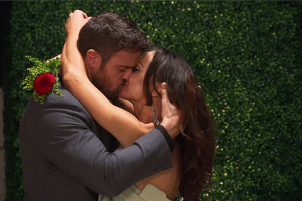 Chad Johnson Kisses Karina Siroff on season finale of Famously Single