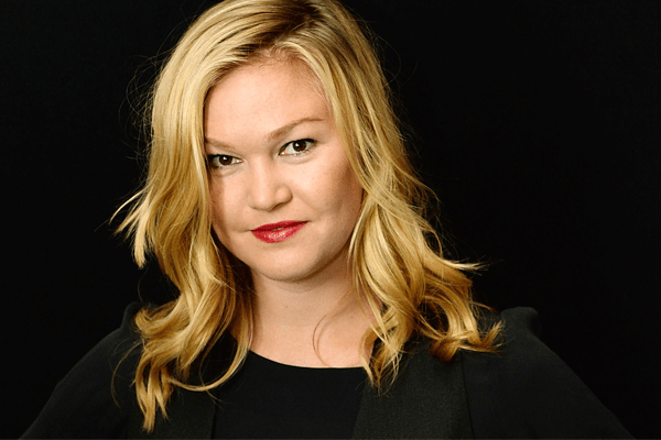 Julia Stiles Movies, Early Life, Education, Stage Career, Awards, Other Works and Personal Life