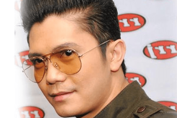 Vhong Navarro Wiki, Bio, Net Worth, Personal life, Awards, TV and Film Career