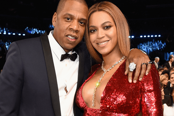 Romance in an elevator! Beyoncé and Jay-Z Celebrate His Birthday