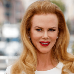 Nicole Kidman new look! From stylish hair to short dark wig