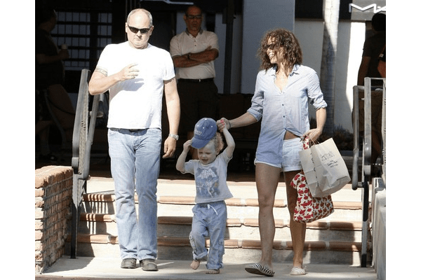 Timothy J. Lea, son Henry and Minnie Driver