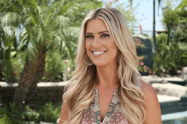 Christina El Moussa's Net Worth, Investment, Married, Dating, and Children