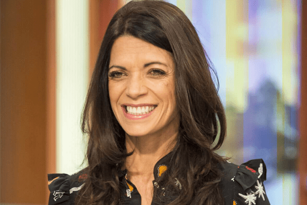 Jenny Powell – English TV Presenter