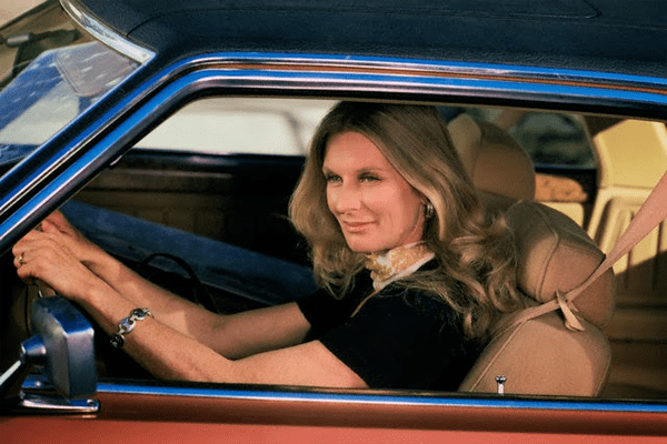 Cloris Leachman net worth includes her car.