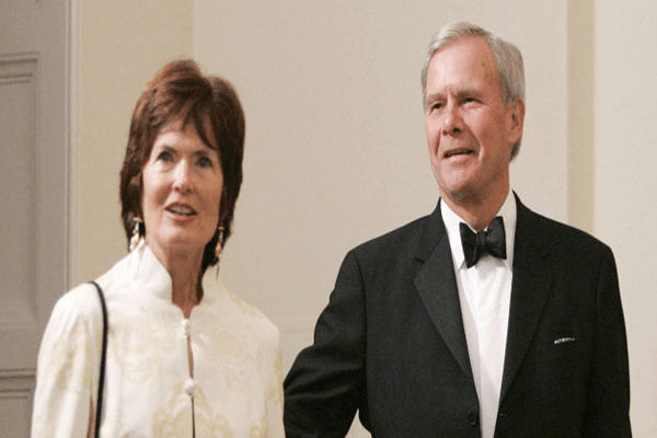 Tom Brokaw with his wife Meredith Lynn