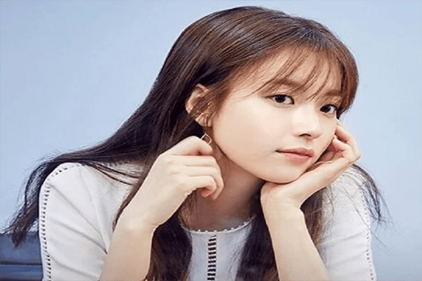 Han Hyo-joo Net Worth, Movies, Bio, Family, Husband and Childhood
