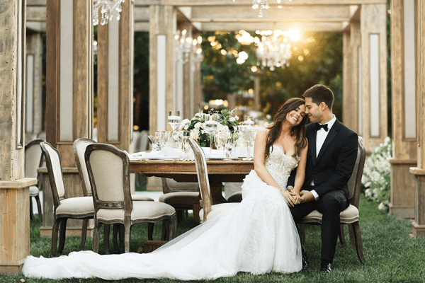 Jillian Murray's Husband Dean Geyer is Glee's Singer. Wedding Photos and Marriage