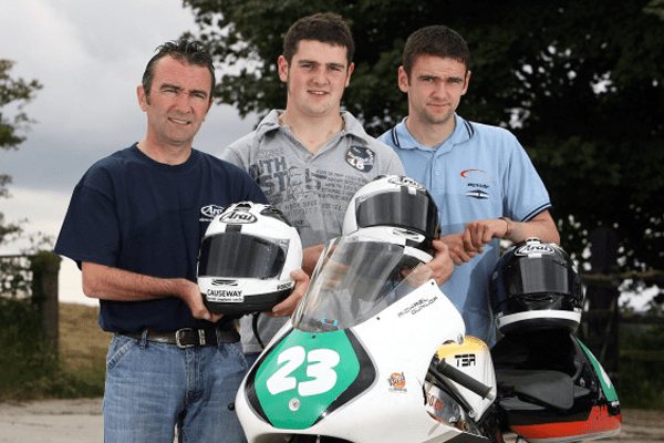 Michael Dunlop alongside his father Late Robert Dunlop and Brother, Late William Dunlop