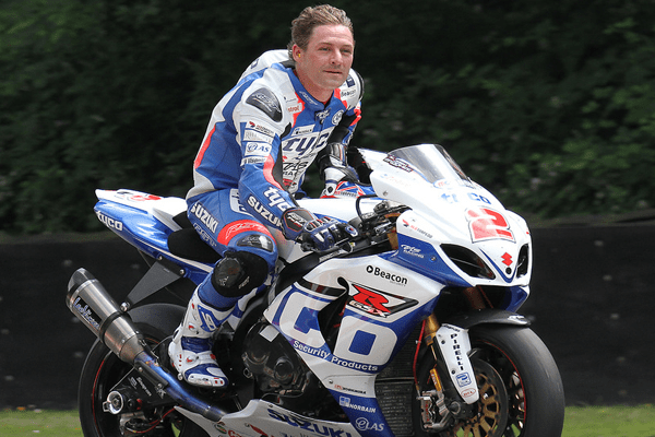 Josh Brookes Net Worth, Bio, Movies, TT Injury and Crashes, Wife, Dating and Girlfriend