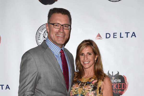 Howie Long and Wife Diane Addonizio Net Worth | House, Earnings and Lifestyle