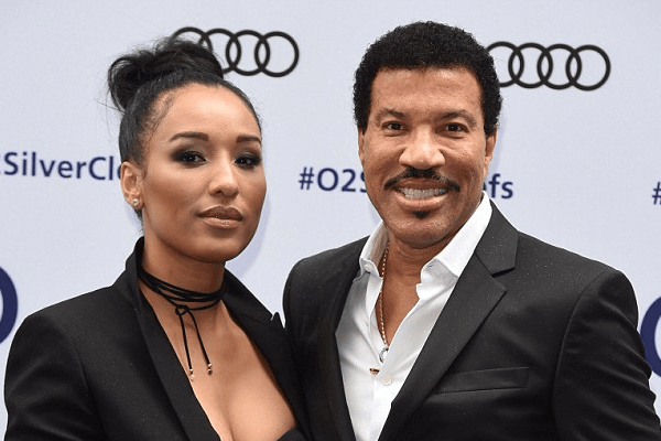Model Lisa Parigi with her boyfriend Lionel Richie