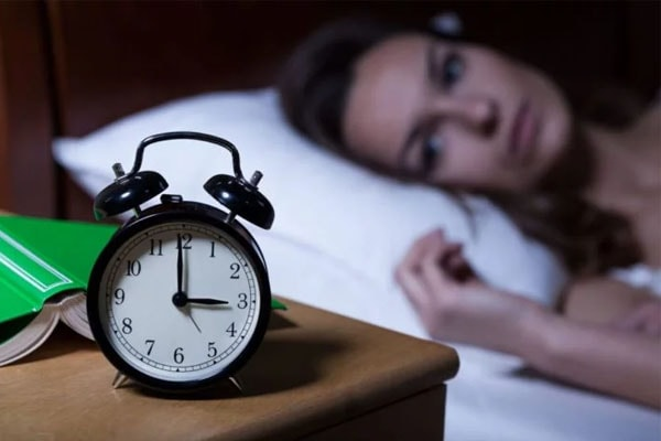 How to Cure Insomnia Without Medication and Naturally?