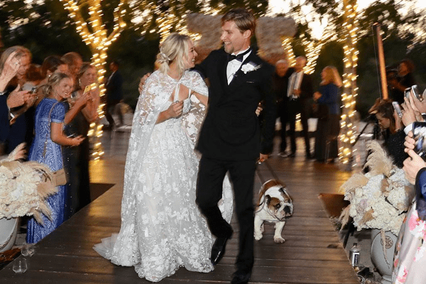 Big Bang Theory Star Kaley Cuoco Weds Karl Cook | Wedding Pictures