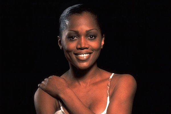 Theresa Randle : American Actress