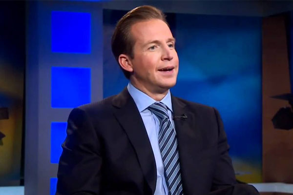 Chris Wragge – American News Anchor