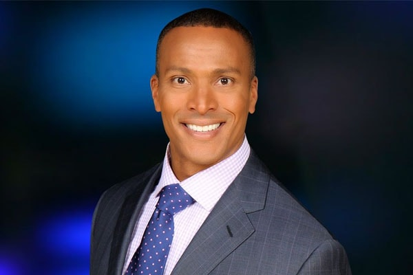 Mike Woods Net Worth – How Much is Fox 5 Meteorologist Worth?