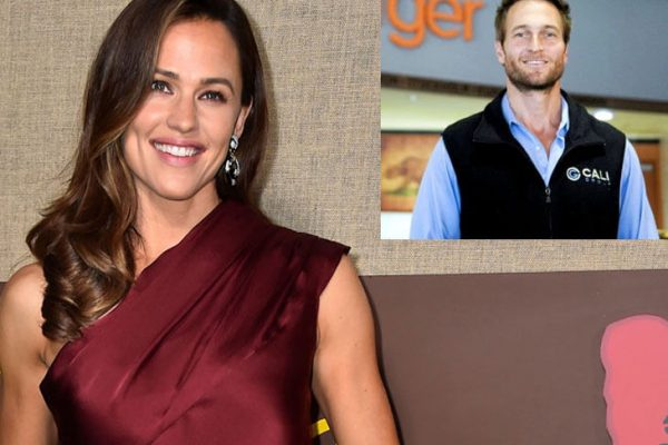 Jennifer Garner is dating new boyfriend John Miller