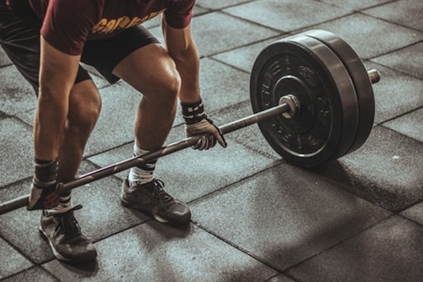 A guide to choosing and buying the perfect weightlifting bar