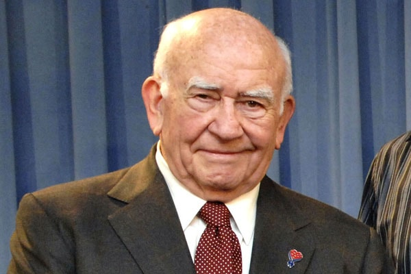 Ed Asner Net Worth – Income and Earning From His Acting Career