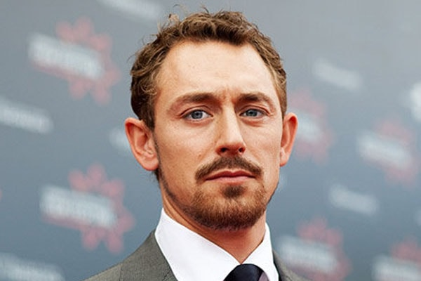 JJ Feild Biography – British-American Actor