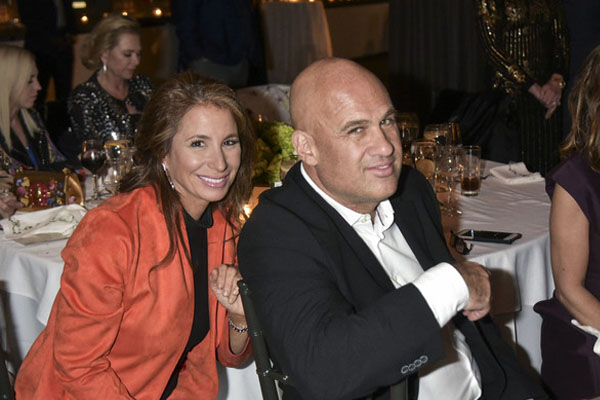 Real Housewife Jill Zarin Officially Dating Boyfriend Gary Brody. Still Pays Tribute to First Husband