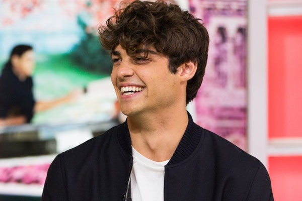 Noah Centineo Isn't Dating Co-Star Lana Condor? Who is he dating then?