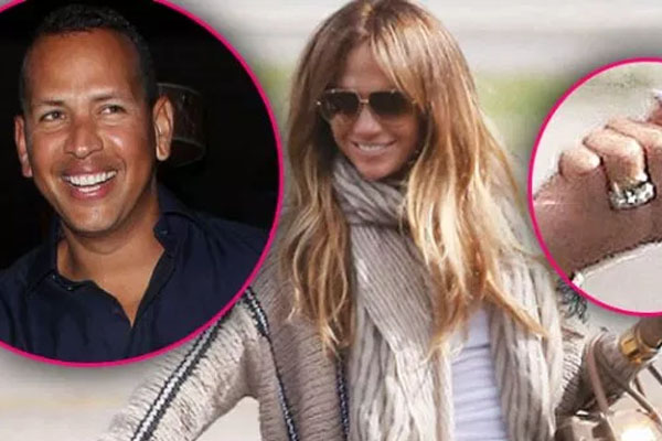 Jennifer Lopez Engaged To Partner Alex Rodriguez! Shows off Her $1 Million Emerald Cut 10 Carats Ring