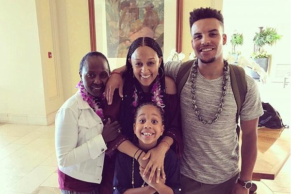 Darlene Mowry with her family