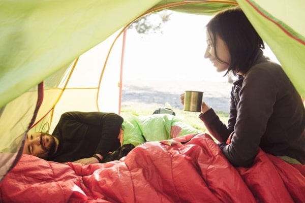 3 Essential Tips On How To stay Warm In A Tent