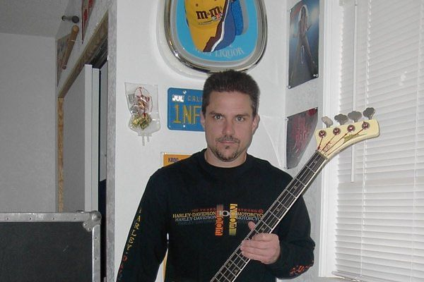 bass guitarist Ron McGovney