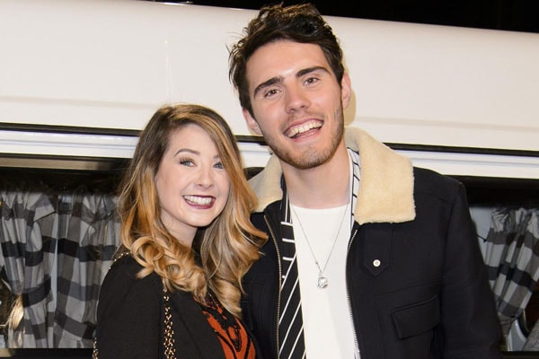 Love Life Of YouTuber Couple Zoe Sugg and Alfie Deyes - Are They Engaged?