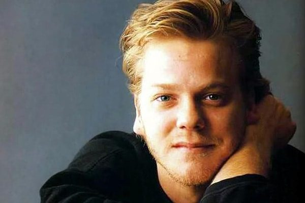 Keifer sutherland estimated net worth $75 million