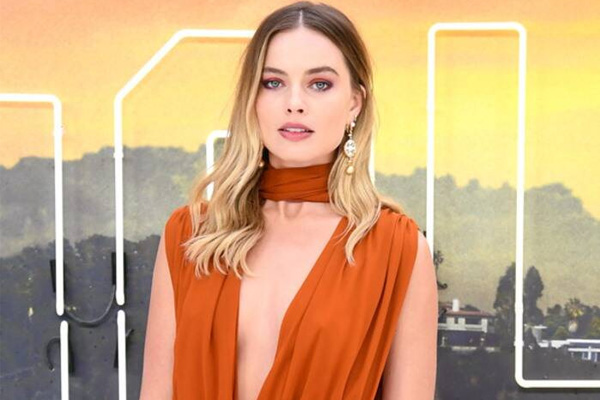 Margot Robbie Net Worth – How Much Did She Charge For Birds Of Prey?