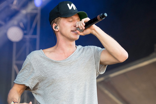 American Rapper NF Net Worth – Know The Rapper's Earning Sources