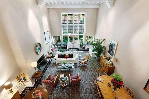Ric sells his NewYork Townhouse