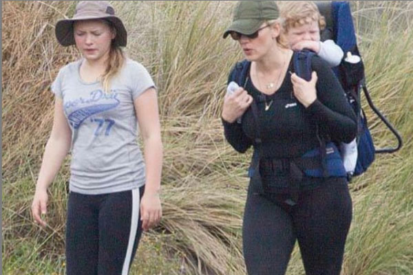 Who Is Kate Winslet's Daughter Mia Honey Threapleton? Know More About Her