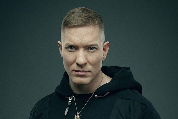 Who Is Actor Joseph Sikora's Wife? Is He Married Or Does He Have A Girlfriend?