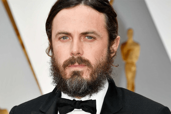 Casey Affleck's Net worth, Married, Awards, Negative Traits